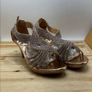Delicacy Angel Rose Gold Size 10m